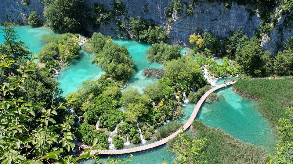 plitvice-lakes-984280_960_720 Proč Češi jezdí do Chorvatska?