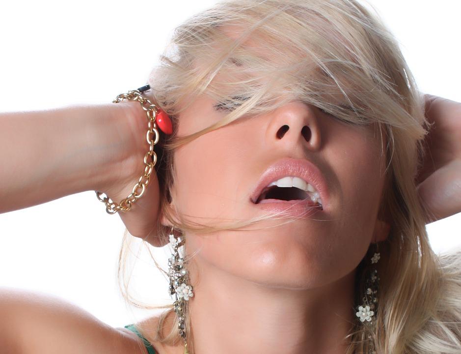 erotické pomůcky, vibrátor, jak na žhavý sex, sexshop