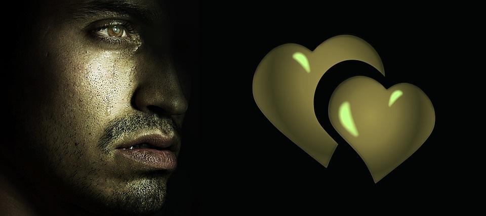 sr- Všichni se rodíme s prázdnotou v srdci