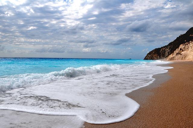 otevření pláží v řecku